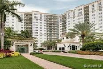 Home for Rent at 19900 E Country Club Dr #720, Aventura FL 33180