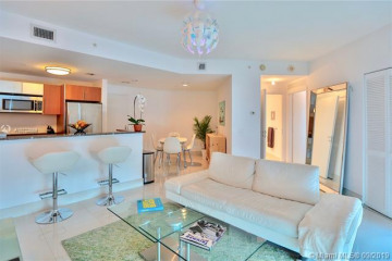 Home for Sale at 300 S Biscayne Blvd #T-3605, Miami FL 33131