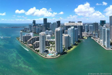 Home for Sale at 848 Brickell Key Dr #2705, Miami FL 33131