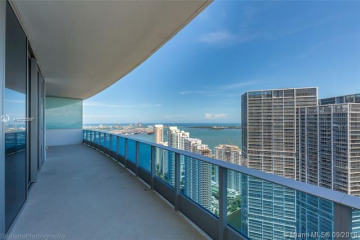 Home for Rent at 200 Biscayne Boulevard Way #5204, Miami FL 33131