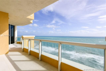Home for Sale at 17875 Collins Ave #2706, Sunny Isles Beach FL 33160