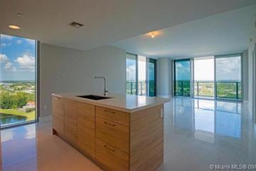 Home for Sale at 16385 Biscayne Blvd #2101, North Miami Beach FL 33160