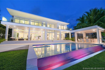 Home for Sale at 1776 Bay Dr, Miami Beach FL 33141