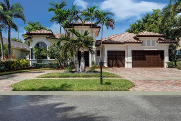 Home for Sale at 11059 Canary Island Ct, Plantation FL 33324