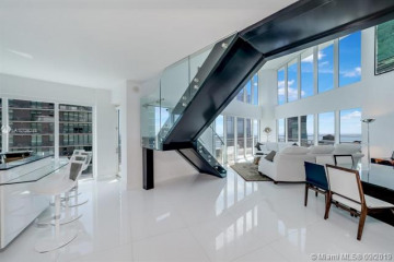 Home for Sale at 60 SW 13th St #4800, Miami FL 33130
