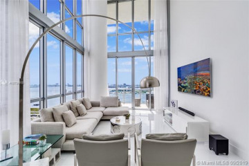 Home for Sale at 1100 Biscayne Blvd #2907, Miami FL 33132