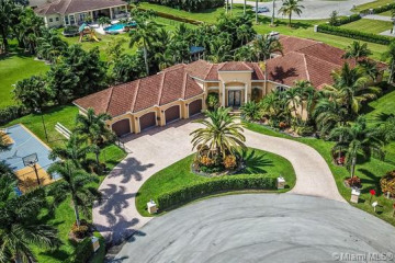 Home for Sale at 11400 NW 7th St, Plantation FL 33325