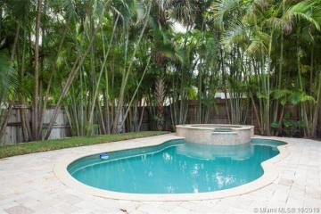 Home for Sale at 648 NE 71st St, Miami FL 33138