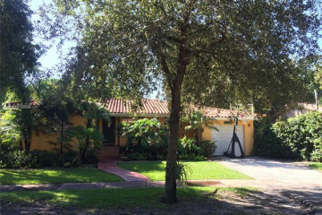 Home for Rent at 1114 Sevilla Ave, Coral Gables FL 33134