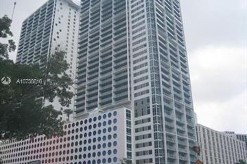Home for Sale at 500 Brickell Ave #3202, Miami FL 33131