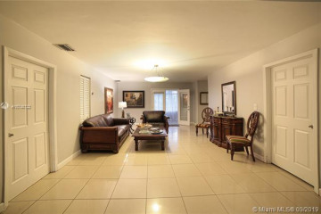 Home for Rent at 1380 71 St, Miami Beach FL 33141