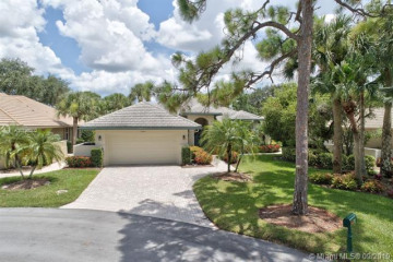 Home for Sale at 3399 SE Cambridge Dr, Stuart FL 34997