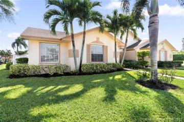 Home for Sale at 9483 Boca Gardens Cir S, Boca Raton FL 33496