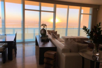 Home for Sale at 900 Biscayne #4906, Miami FL 33132