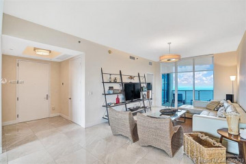 Home for Sale at 15811 Collins Ave #2706, Sunny Isles Beach FL 33160
