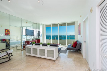 Home for Sale at 1800 N Bayshore Dr #605, Miami FL 33132