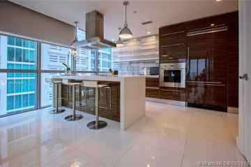 Home for Sale at 1100 Biscayne Blvd #3001, Miami FL 33132