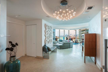 Home for Rent at 300 S Pointe Dr #2003, Miami Beach FL 33139