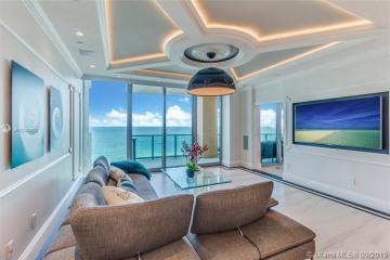Home for Sale at 1455 Ocean Dr #1607, Miami Beach FL 33139