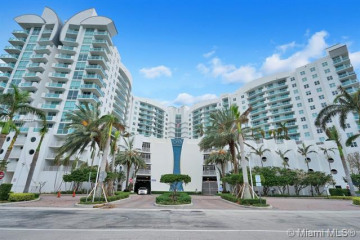 Home for Sale at 7900 Harbor Island Dr #1217, North Bay Village FL 33141
