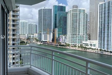 Home for Sale at 848 Brickell Key Dr #1704, Miami FL 33131