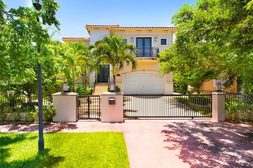 Home for Sale at 6034 Pine Tree Dr, Miami Beach FL 33140