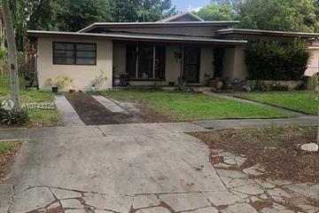 Home for Sale at 1185 NE 147th St, North Miami FL 33161