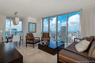 Home for Rent at 485 Brickell Ave #4404, Miami FL 33131