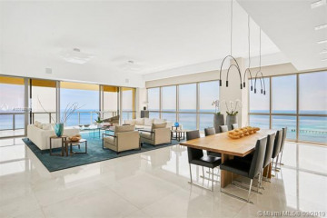 Home for Sale at 17749 Collins Ave #3202, Sunny Isles Beach FL 33160