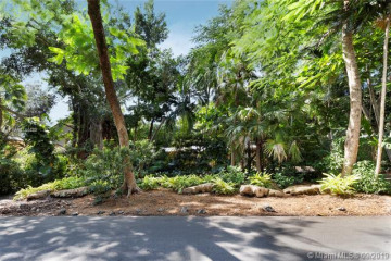 Home for Sale at 3630 Poinciana Ave - Lot 1, Coconut Grove FL 33133