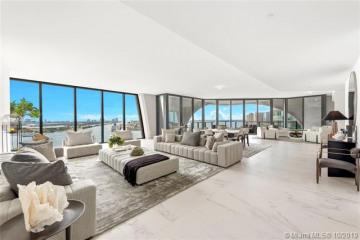 Home for Sale at 1000 Biscayne Blvd #2401, Miami FL 33132