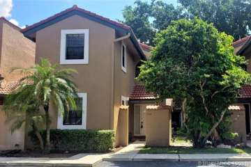 Home for Sale at 9135 W Sunrise Blvd, Plantation FL 33322
