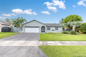 Home for Sale at 13812 SW 285th St, Homestead FL 33033