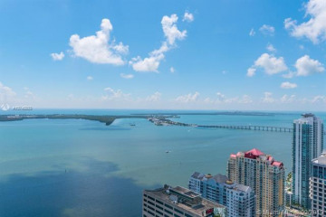 Home for Rent at 950 Brickell Bay Dr #5507, Miami FL 33131