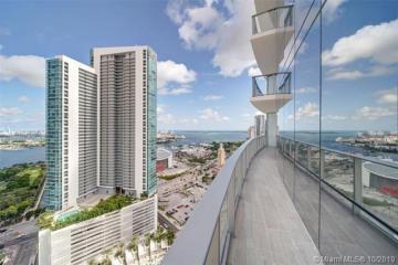 Home for Rent at 851 NE 1st Avenue #3003, Miami FL 33132