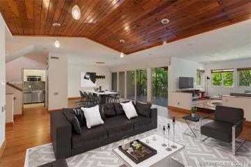 Home for Sale at 2000 S Bayshore Dr #62, Miami FL 33133