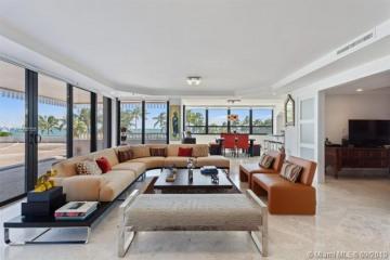 Home for Sale at 3 Grove Isle Dr #C201, Miami FL 33133