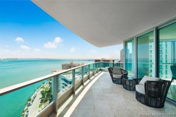 Home for Sale at 1331 Brickell Bay Dr #2011, Miami FL 33131