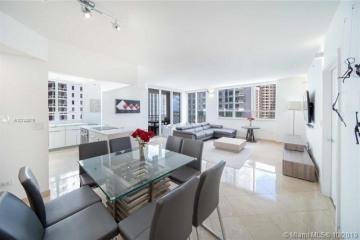 Home for Sale at 801 Brickell Key Blvd #1912, Miami FL 33131