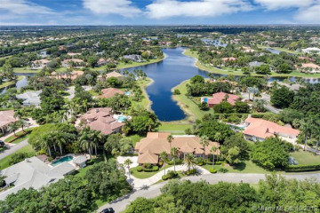 Home for Sale at 3300 Paddock Rd, Weston FL 33331