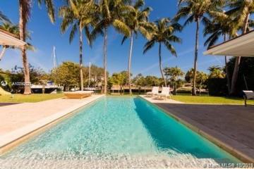 Home for Sale at 921 Harbor Dr, Key Biscayne FL 33149