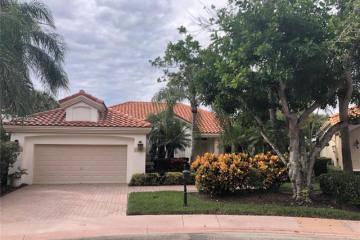 Home for Rent at 2615 Oakmont Dr, Weston FL 33332