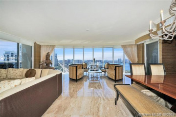 Home for Sale at 18911 Collins Ave #2405, Sunny Isles Beach FL 33160