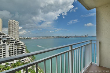 Home for Sale at 770 Claughton Island Dr #1913, Miami FL 33131
