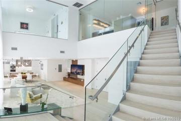 Home for Sale at 3301 NE 1 Ave #PH1, Miami FL 33137
