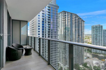 Home for Sale at 45 SW 9th St #3510, Miami FL 33130