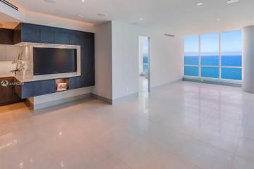 Home for Sale at 100 S Pointe Dr #3605, Miami Beach FL 33139