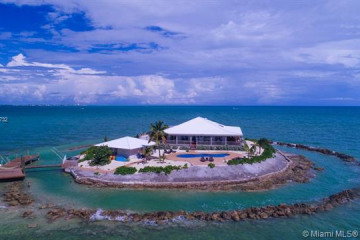 Home for Sale at 1 East Sister Rock Isl, Other City - Keys/islands FL 33050