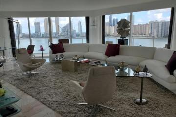 Home for Sale at 4000 Island Blvd #1107, Aventura FL 33160