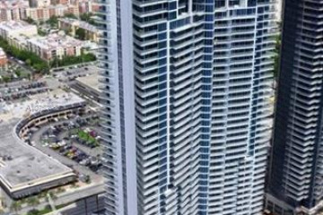 Home for Sale at 17001 Collins Ave #1206, Sunny Isles Beach FL 33160